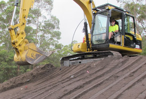 Excavator Training with Accredited Earthmoving Training near Sydney